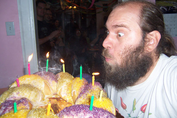 photo of Dave vs. the vegan King Cake of his 39th birthday